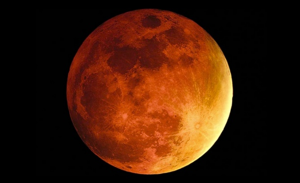 blood-moon1